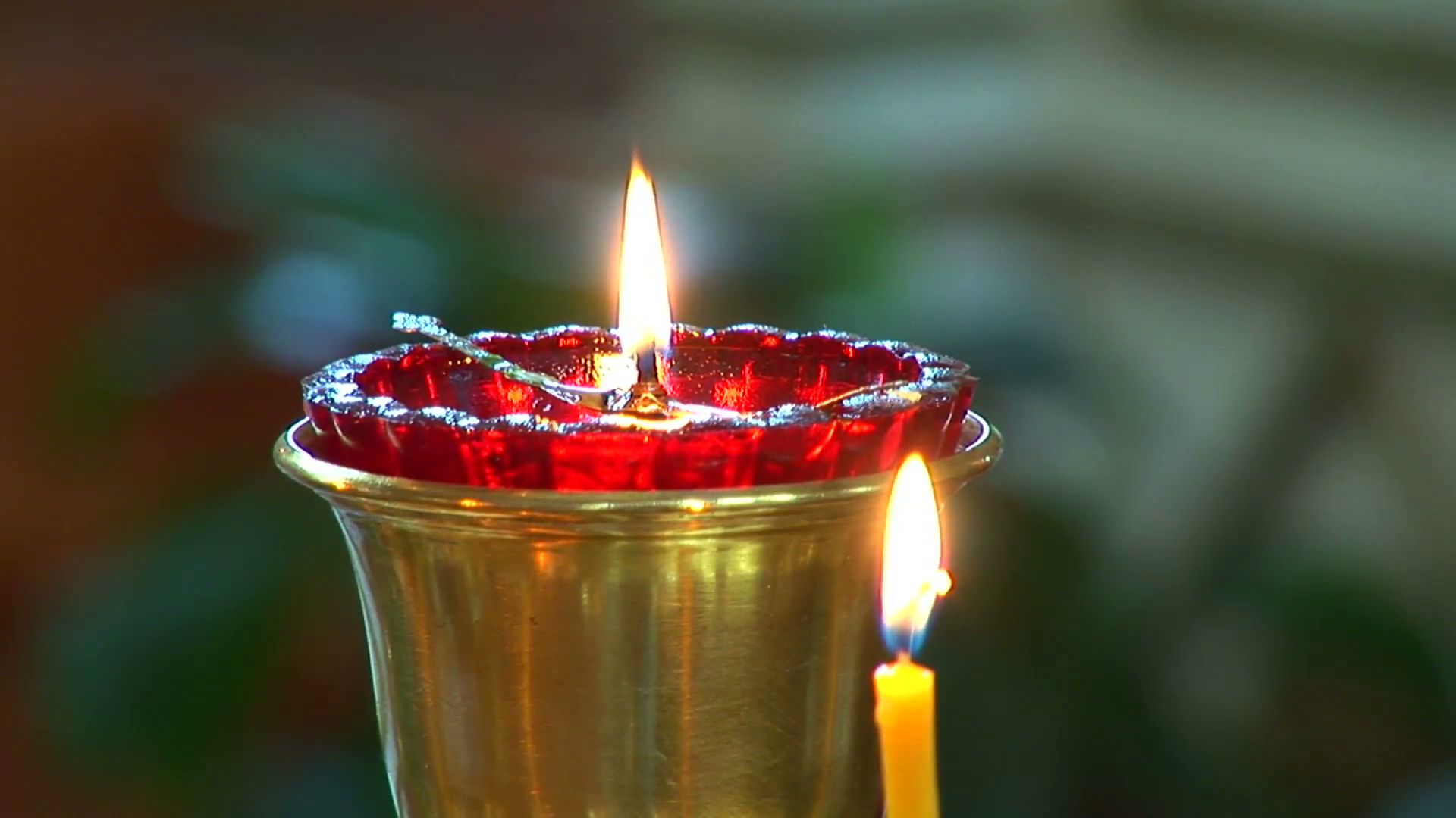 https://content.schools.by/2bobr/library/burning-candles-in-the-church_e1u4-ve3l__F0000.png
